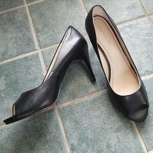Tahari black leather peep toe heel